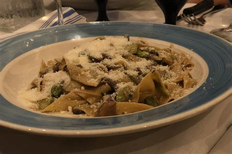 best italian restaurant in miami 11 best italian restaurants miami has to offer