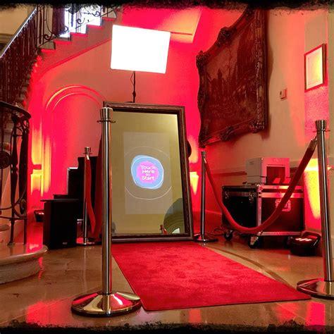 cabina foto oglinda oglinda magica in iasi sau cabina foto pentru nunti