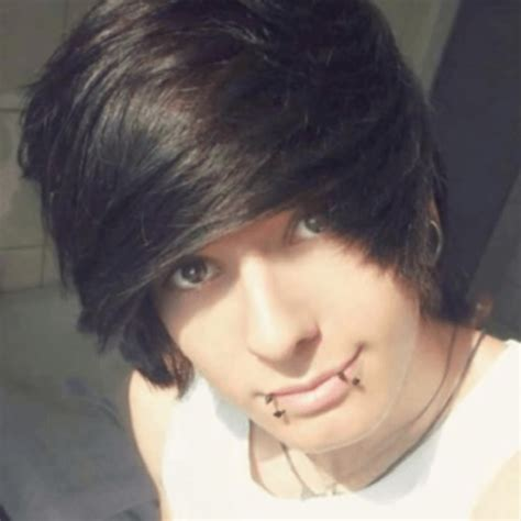 emo kids emo hair styles emo pictures of emo boys emo hairstyles for guys pictures hairstyles