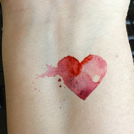 oltre 25 fantastiche idee su tatuaggio cuore che ti