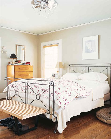 bright ideas   budget friendly master bedroom makeover