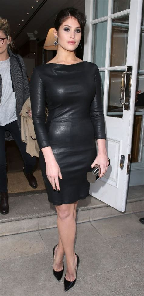 gemma arterton  girl  outfits  girl  outfits skinny  curvy