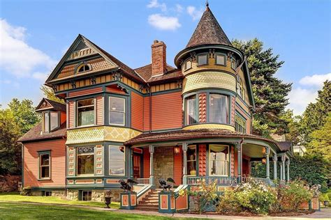 Modern Home Design Utah by 10 Historic Victorian Homes On The Market In Washington