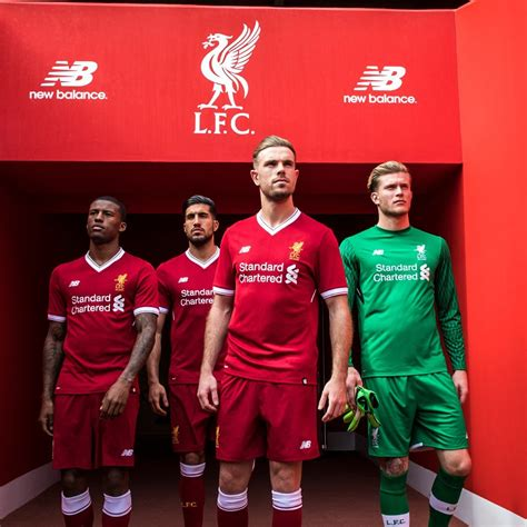 new year 2018 liverpool camisas do liverpool 2017 2018 new balance 125 anos
