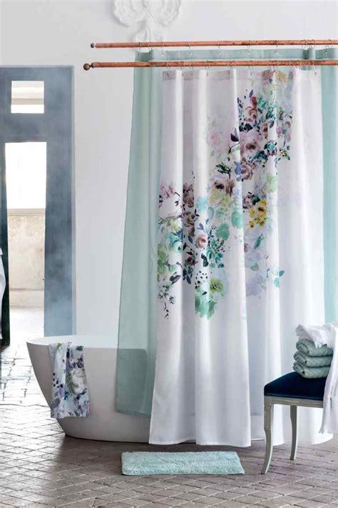 las cortinas de ba241o originales del momento
