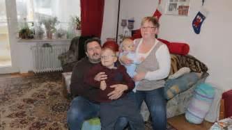 wohnung ausziehen mieter angst in puchheim familie soll wegen eigenbedarfs