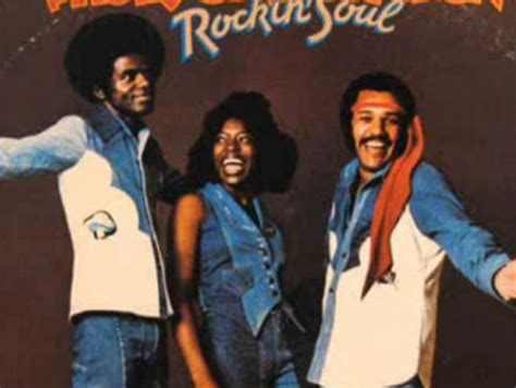 rock the boat the hues corporation the hues corporation artistas radio m 225 gica