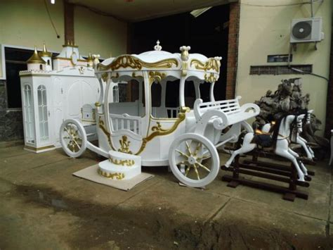 pumpkin carriage bed cinderella carriage bed home design and interior