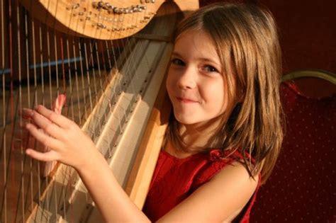 0043059937 harpe d or pour commencer cours de harpe vanessa gerkens harpiste f 233 erique
