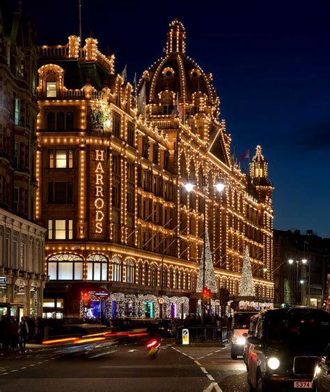 Harrods The Best Shop For Your Christmas Gifts Harrods Lights 2014