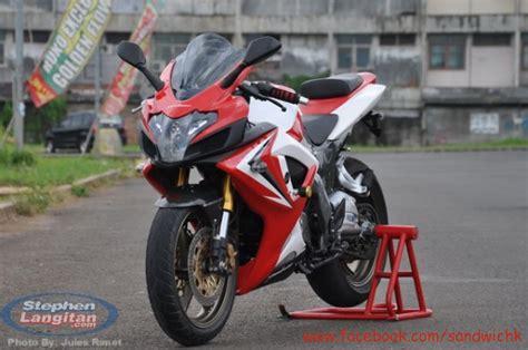 Bike Modification Center In Nashik by Best Modified Bajaj Pulsar 220f Mega Photo Gallery