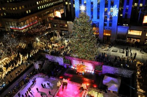world s top 10 best places to celebrate christmas