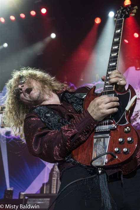 Frank Hannon Tesla Def Leppard Styx And Tesla Sell Out The Cynthia Woods