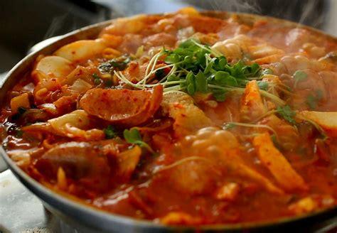 New Ottogi Budae Jjigae Army Stew Ramen Mi Mie Instant Korea Import budae jjigae army base stew recipe maangchi