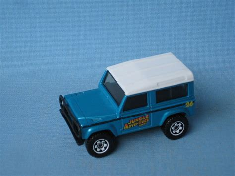 matchbox land rover 90 matchbox land rover 90 defender jungle off road met blue