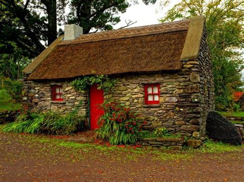 cottage irlandesi adorable cottage home decor