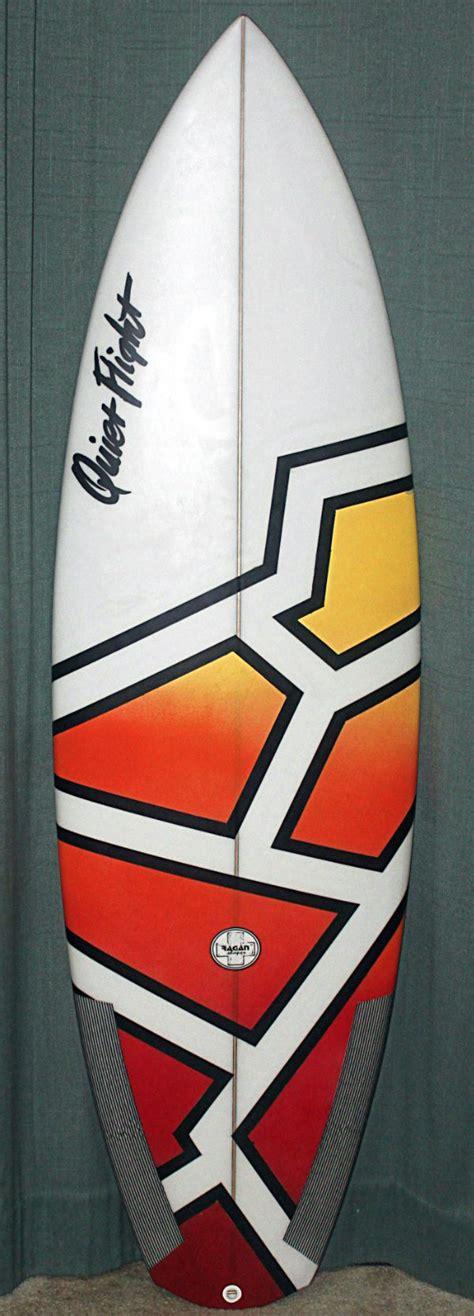 spray painting your surfboard best 25 acrylic spray paint ideas on water
