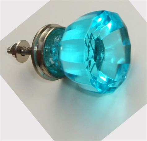 pretty glass door knob colors i