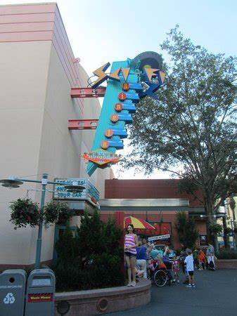 outside the sci fi theater diner picture of disney's