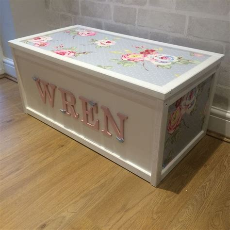 toy box ideas 1000 ideas about painted toy chest on pinterest toy