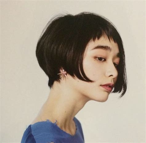 stacked pixie with long bangs 25 beautiful stacked bob short ideas on pinterest pixie
