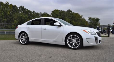 buick gs regal track drive review 2016 buick regal gs