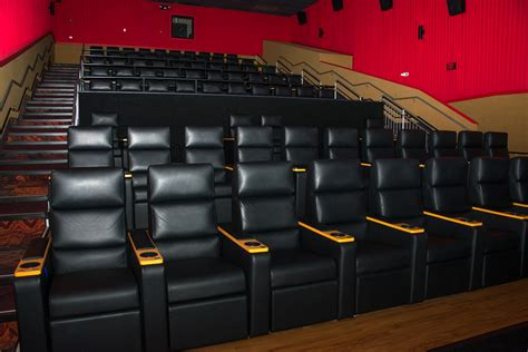 regal cinemas recliners regal magnolia place wants you to relax and recline at the