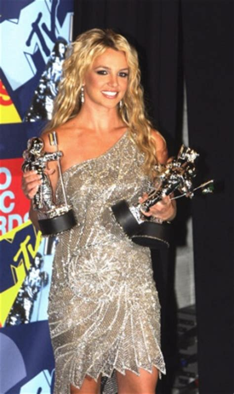 is britney spears ready to stand on her own the new 17 best images about vma winners on pinterest kanye