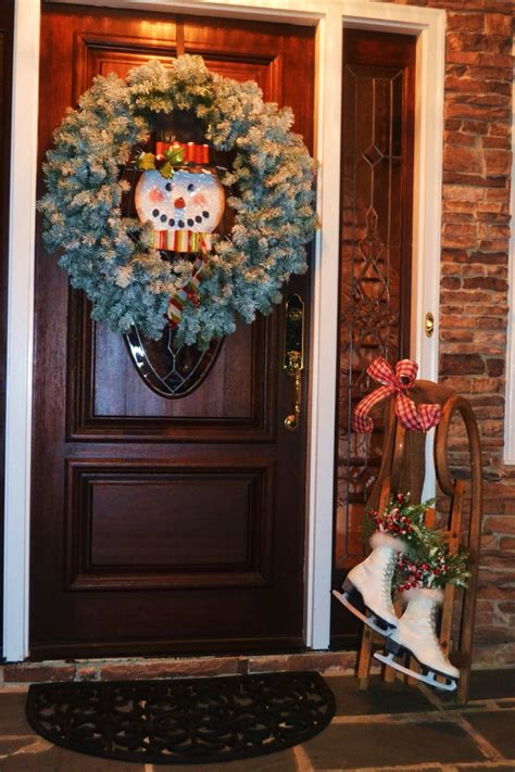 Front Door Winter Decorating Ideas by Winter Front Door Decorating Ideas