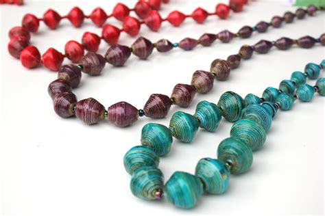 Paper Bead - graduated paper bead necklace seed