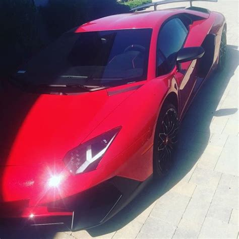 Chris Brown Lamborghini Chris Brown Gets Lamborghini Aventador Sv