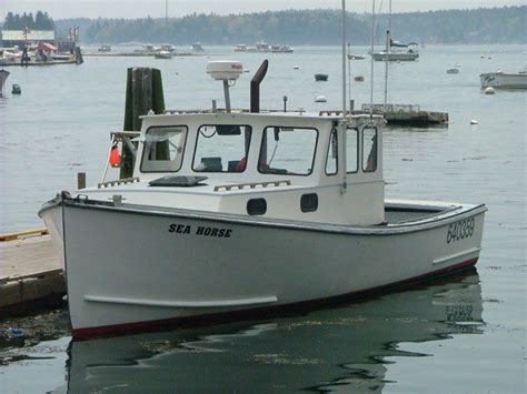 small fishing boats on craigslist best 25 small fishing boats ideas on pinterest