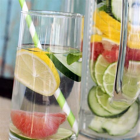 Site Http Detox Water How To Make by Make Your Own Detox Water By Infusing Citrus Fruits And