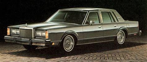 82 lincoln town car 1982 lincoln town car 1gen 4 door range specs