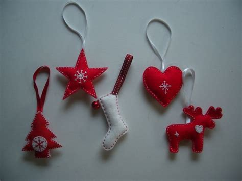 scandinavian style felt christmas tree decorations