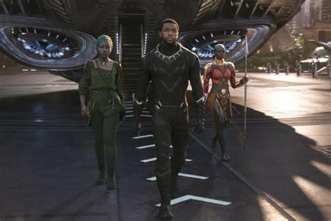 Baju Koko Black Panther Wakanda black panther review supporting players show