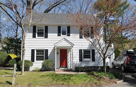 radburn section colonial homes for sale in fair lawn nj