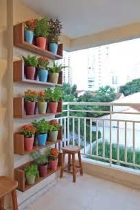dekoration balkon balkon ideen interessante einrichtungsideen kleiner