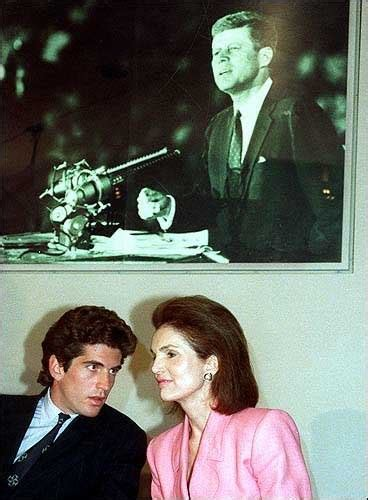 john f kennedy jr children john f kennedy jr with his mother kennedys pinterest
