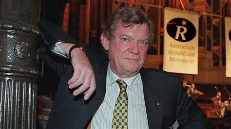 robert hughes who made high art accessible to the masses dies in new york aged 74 breaking
