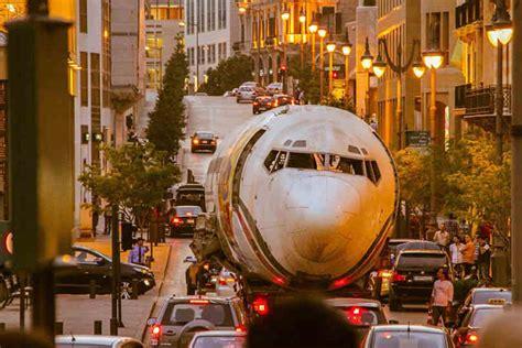 beirut shopping plane stuck in traffic in downtown beirut blog baladi