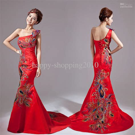 sale classical embroidery cheongsam
