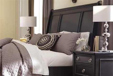simple styles  bedroom designs