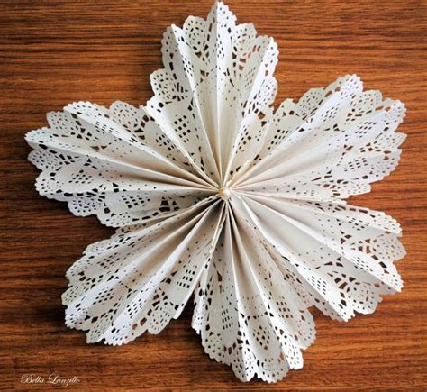 Crafts With Paper Doilies - 1000 ideas about paper doily crafts on