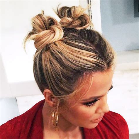 Hairstyles Buns How To by Best 25 Two Buns Ideas On Two Buns Hairstyle