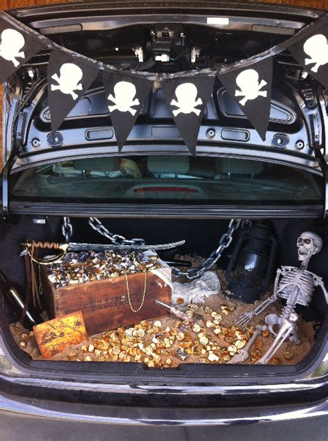 halloween trunk themes 14 decorating ideas that will win you trunk or treat