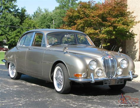 Car Types Saloon by 1965 S Type Jaguar Saloon 4 Door Classic With Right
