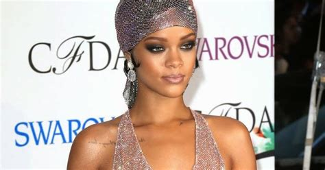 To Dress Metty unique entertainment rihanna honored as fashion