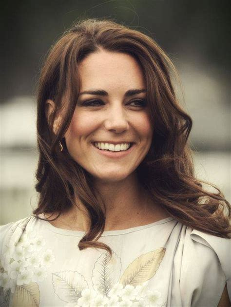 Kate Bosworths Gorgeous Brown Heloise by Kate Middleton S Iconic Brown Hair And Pretty Waves Kate