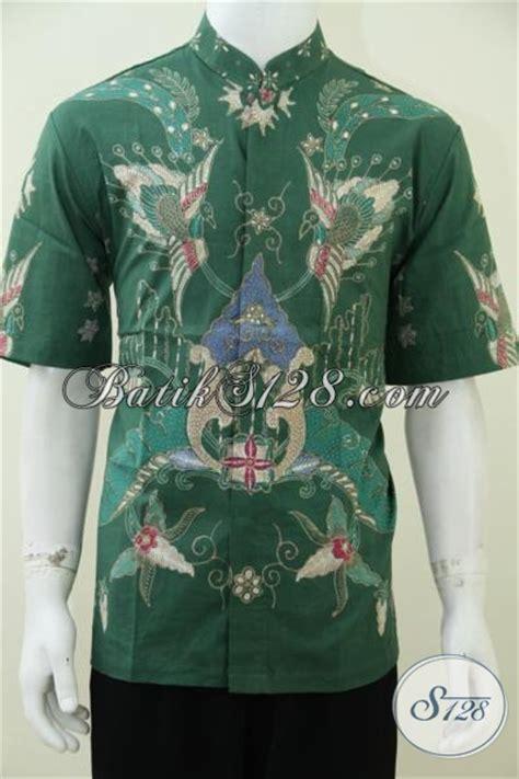 Koko Gaul Masa Kini 20 hem batik tulis warna hijau model kerah shanghai pakaian
